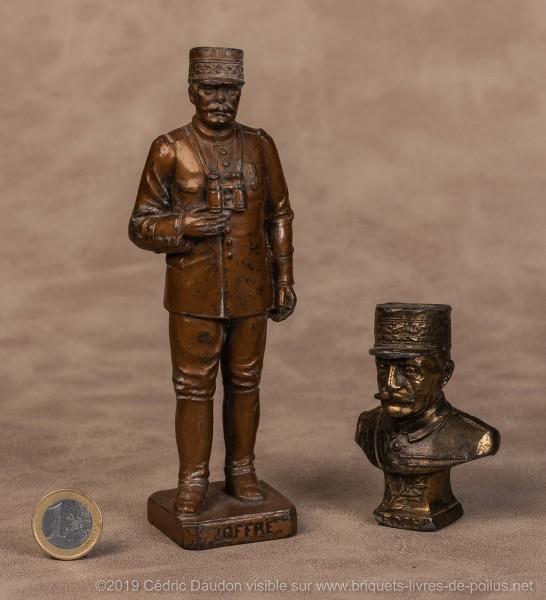 Joffre, Foch, ont été des généraux ayant fait l'objet d'un véritable culte sous diverses formes dont encriers et statuettes .